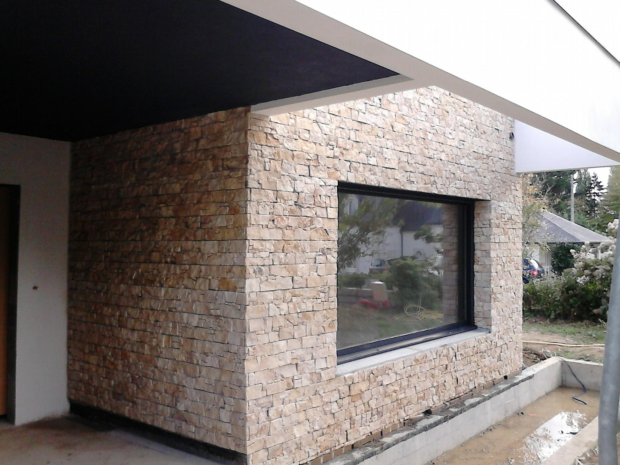 parement stonepanel beaucoup with parement stonepanel. Black Bedroom Furniture Sets. Home Design Ideas